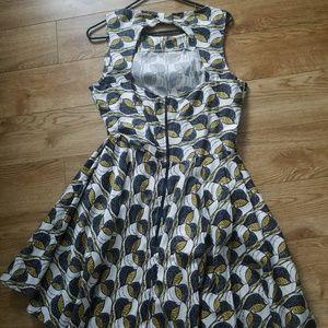 Modcloth Dresses - Modcloth Leaf Dress